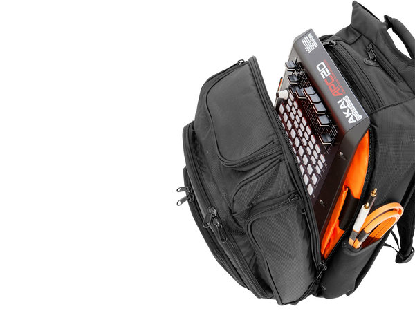 UDG Ultimate Digi BackPack Black Orange Inside (U9101BL/OR)