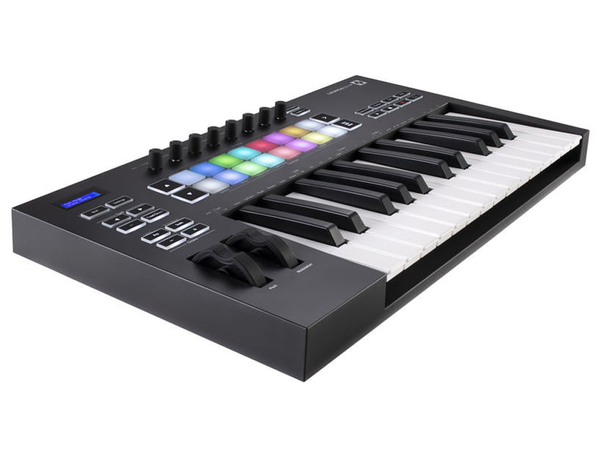 NOVATION Launchkey 25 MK3